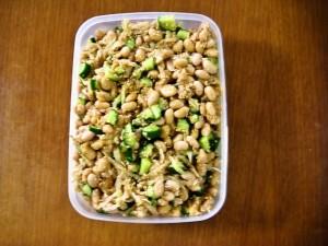 切干大根と大豆のサラダ