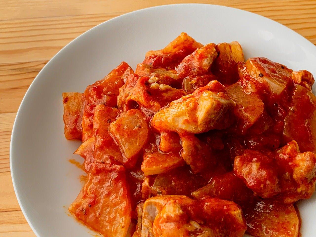 大根と鶏もも肉のトマト煮