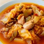 白菜と鶏肉のトマト煮込み