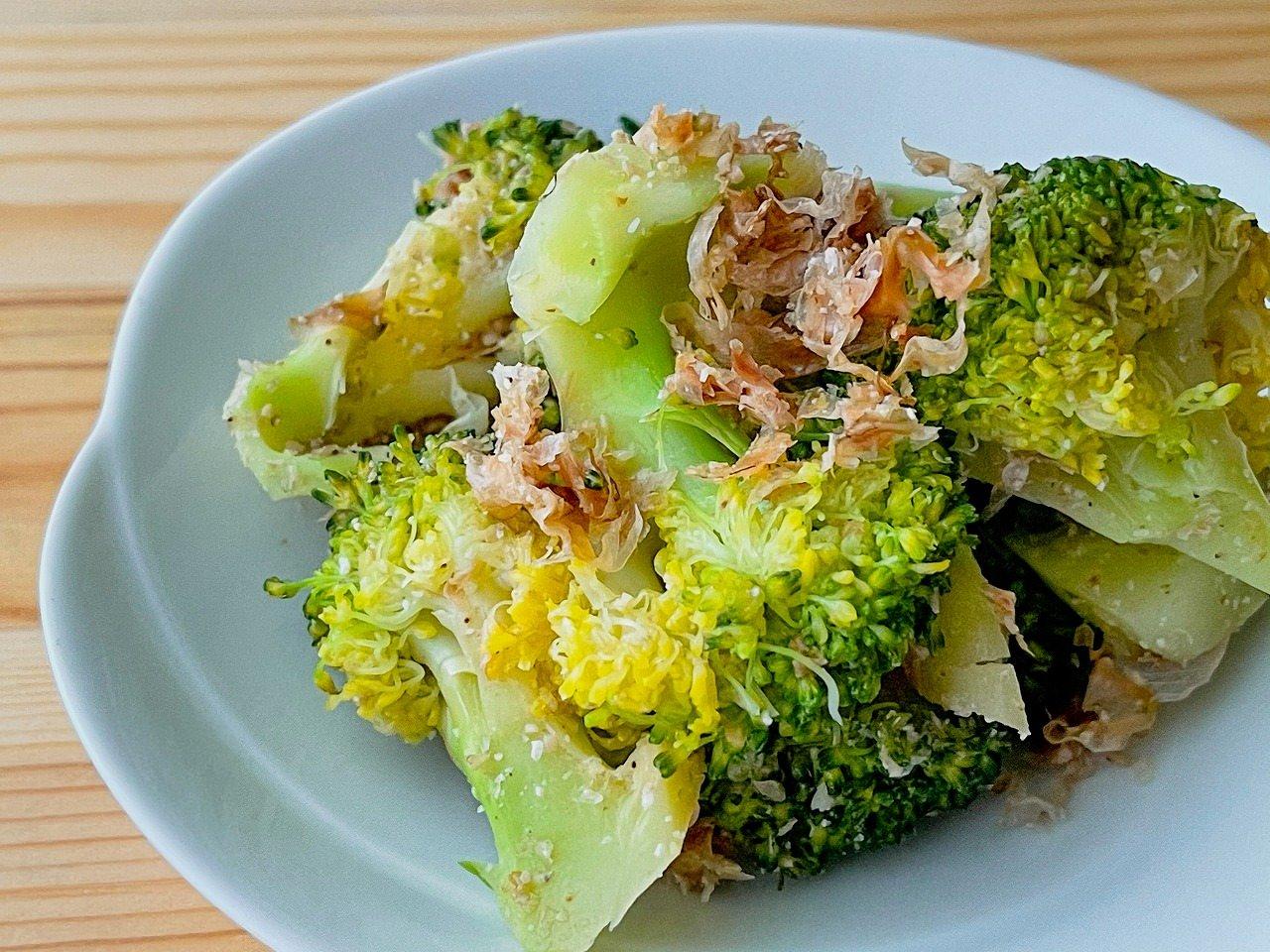 【野菜ひとつ】ブロッコリーの胡麻おかか和え