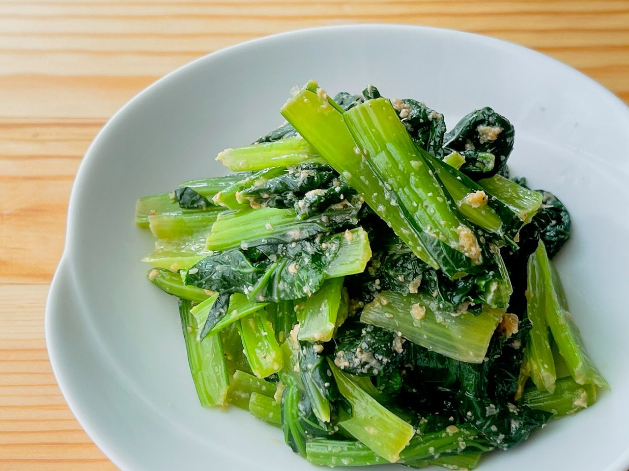 【野菜ひとつ】小松菜のごましょうが和え