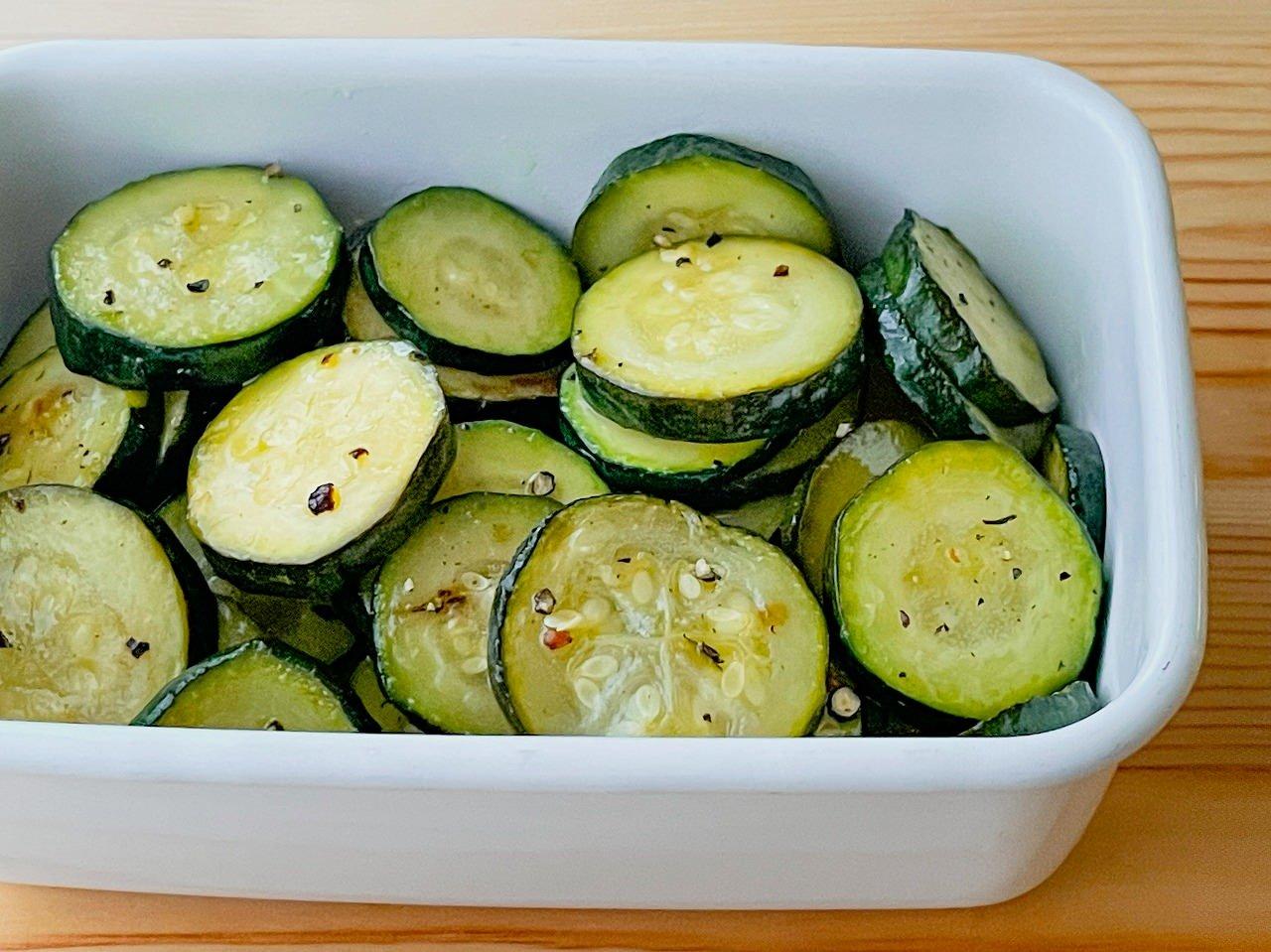 【野菜ひとつ】ズッキーニの焼きマリネ