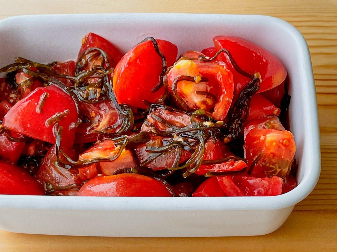 【野菜ひとつ】トマトの塩昆布ノンオイルサラダ