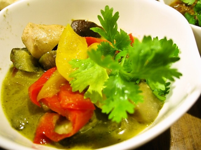 野菜たっぷりグリーンカレー