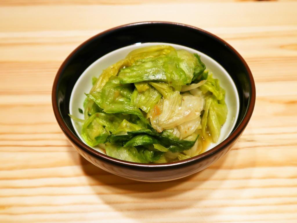 【野菜ひとつ】あっさり レタスの浅漬け風梅サラダ