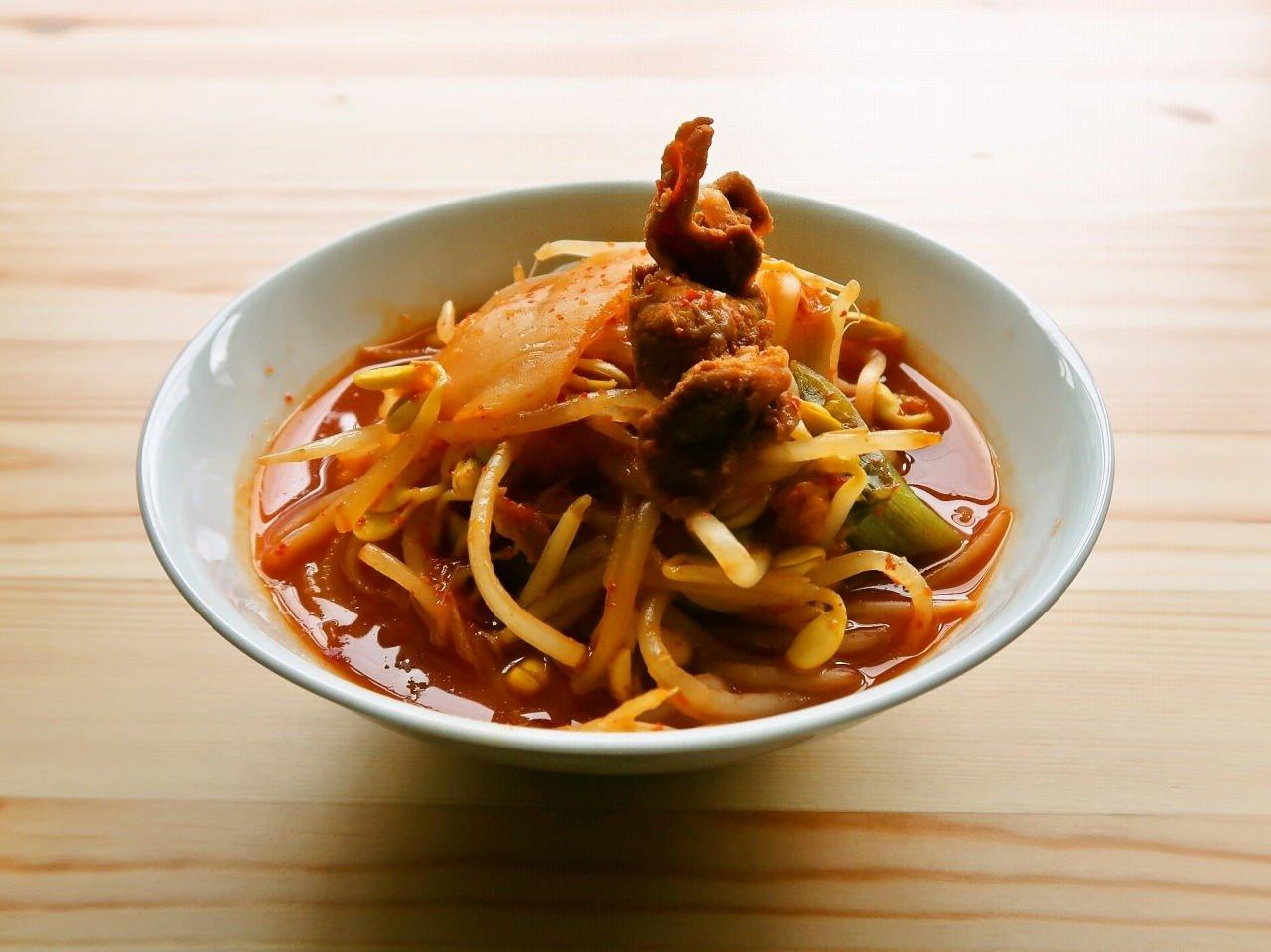 具だくさん激辛スープ(キムチ鍋風)