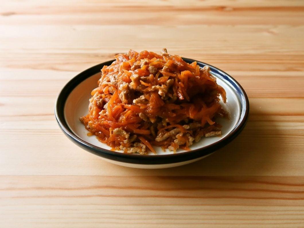 にんじんとひき肉のオイスターとろみ炒め