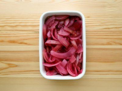 【野菜ひとつ】玉ねぎの梅酢漬け
