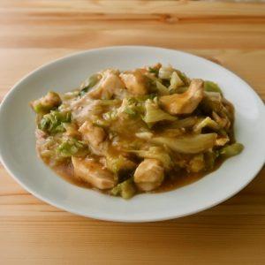 キャベツと鶏むね肉のオイスター炒め煮