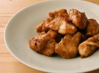 鶏むね肉のガリバタチキン