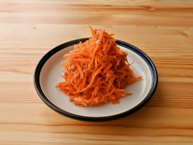 にんじんとツナのシンプルサラダ
