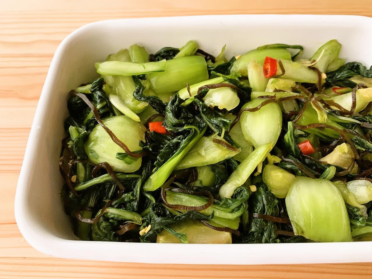 【野菜ひとつ】塩昆布で青梗菜の浅漬け