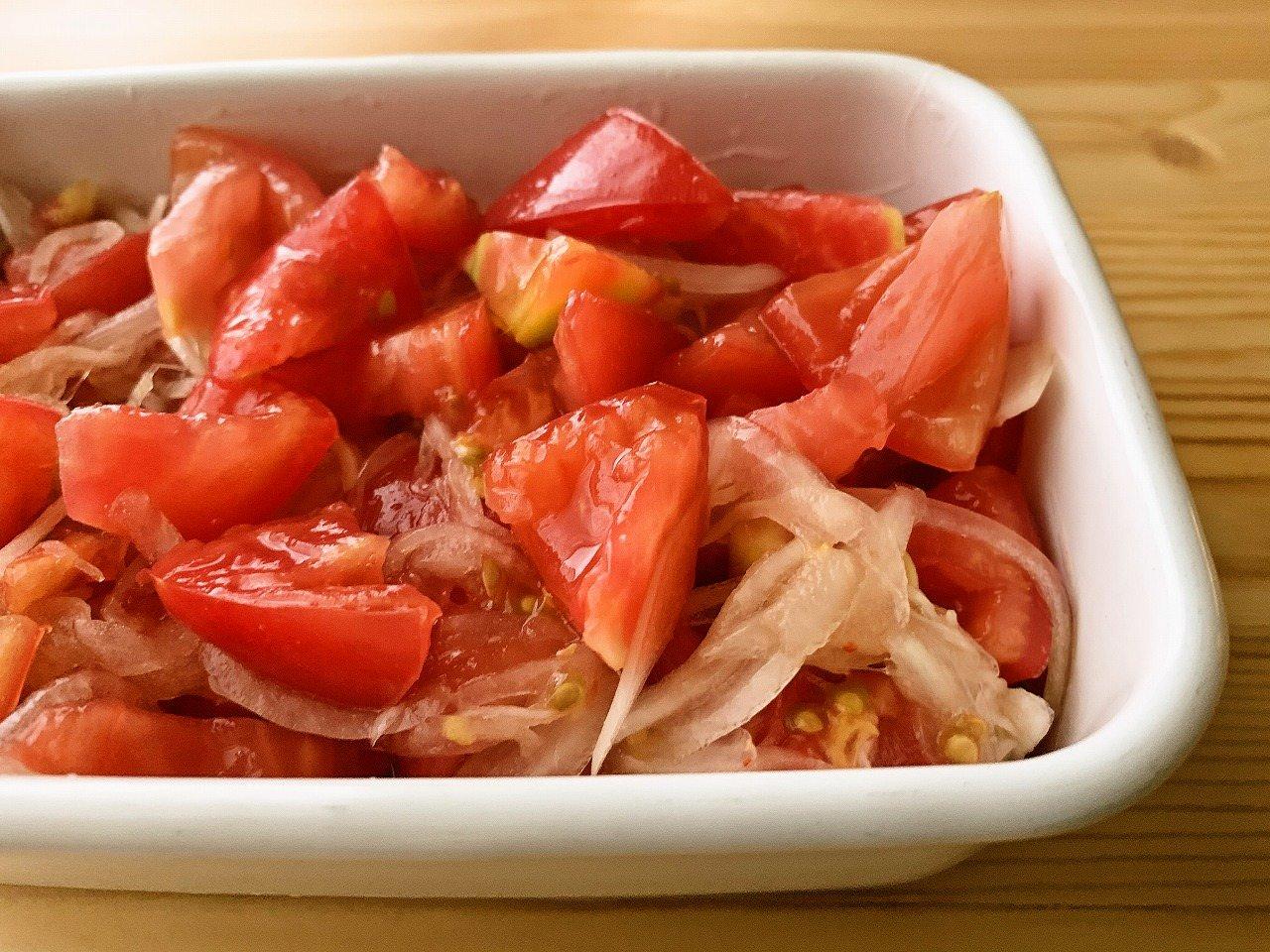 トマトのエスニックマリネサラダ